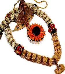 Buy Ethnic Ganesh Garland Hamper with Crown and Pooja Modak ethnicganeshgarland ganesh-chaturthi-gift online