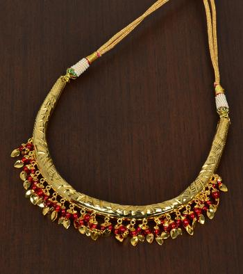 Maroon Beaded Hasli necklaces