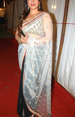Indian Replica Ethnic Mahima White And Black Chiffon Saree