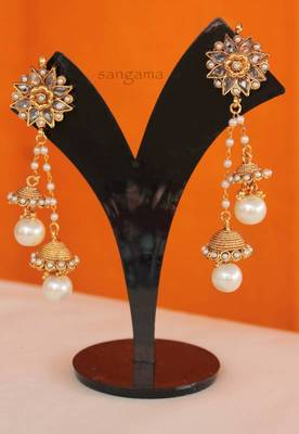 Sangama's double hangings in pearls and kundan