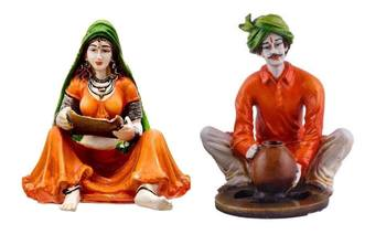 Polyresine Couple Making Supdi  and  Pottery