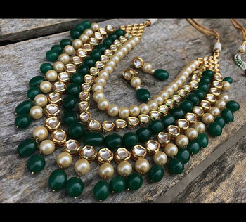 Kundan And Green Onyx Necklace set with Pearls