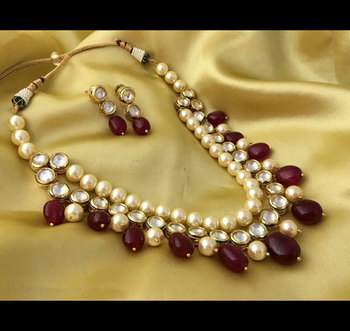 Kundan And Red Onyx Stones Necklace Set
