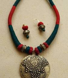 Buy RED GREEN THREAD CHOKER Necklace online