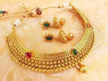 Multicolor Kemp Metallic Necklace Set with Jhumkas