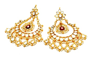 The Evergreen Kundan Earrings
