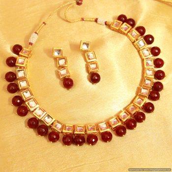 Red Onyx Kundan Single Line Necklace Set