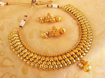 Royal antique metallic deisgner necklace set with jhumkas