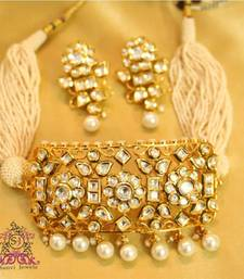 Royal Kundan & Pearl Choker Necklace Set
