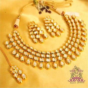 Kundan Glamourous Bridal Necklace