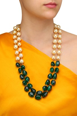 Semi precious Onyx Tumble stones and shell pearls Necklace