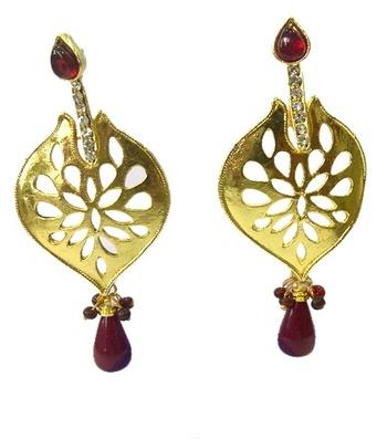 Maroon and Gold Kundan Earrings