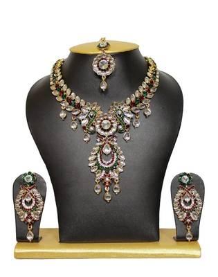 Tassel Designer Necklace Set in Maroon and Green