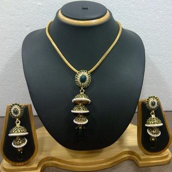 Ethnic Style Necklace Set