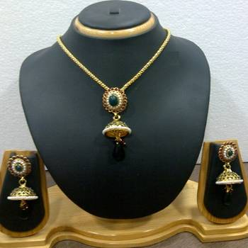 Delicate Ethnic Necklace Set