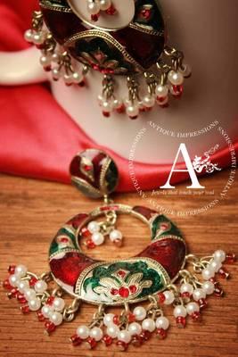 Sprawkling Polki style Maroon-Red Green Pearls & Kundan Earrings