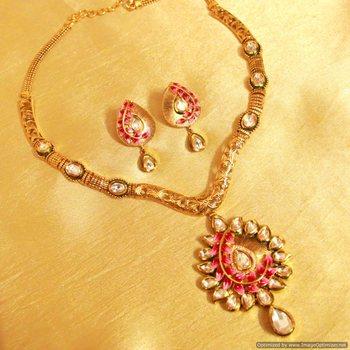 Kundan Meenakari Antique Gold Look Necklace Set