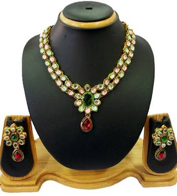 Sparkling Kundan Necklace Set in Green and Red