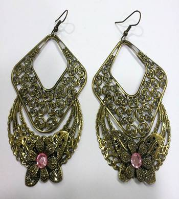 Contemporary Style Earrings