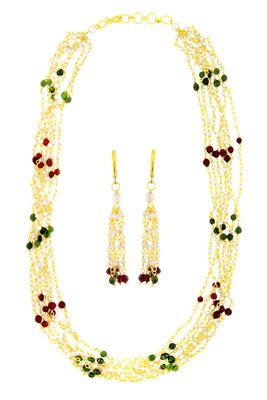 Multicolor yellow gold pearl necklace sets