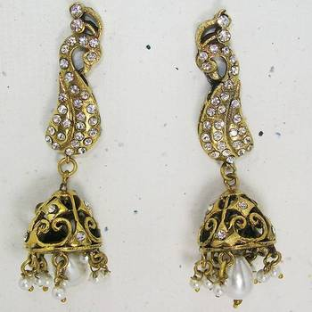Victorian Peacock Long Earring Pearl White