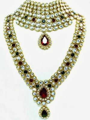 Buy Maroon Green Kundan Bridal Necklace Earring Mathapatti