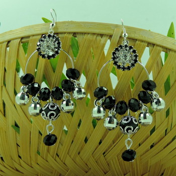 Silver Roung Black Crystal Bali Earring