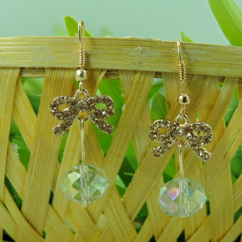 Tie Linked Silver Crystal Drop Earring
