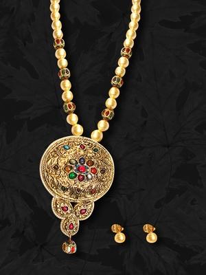 Design no. 8b.3001....Rs. 7850