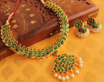 Beautiful Gold Tone Green Temple Necklace Set