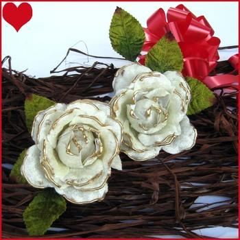 Pretty Velvet Roses x 2 ( White )