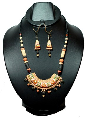Handmade Terracotta Half Moon Style Terracotta Necklace Set