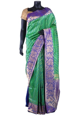 Green silk zari woven wedding saree with lavender pallu & border - SR5146