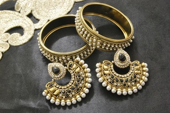 New Ram Leela Black colour Earrings with Gold Plated Pearl Kada