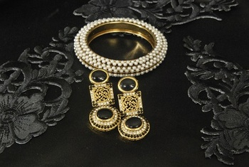 Gold Plated Handcrafted Black Colour Earrings & Pearl studded Kada