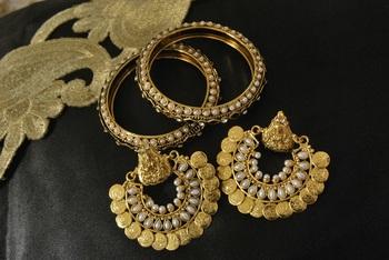 Ram Leela Pearl Earrings with Gold Plated Pearl Bangles