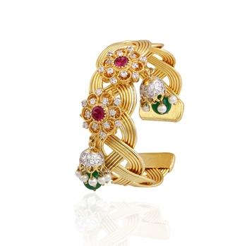 Terrific gold plated american diamond  bracelet