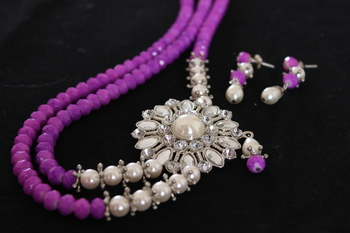 Purple Crystal-Pearl Necklace Set