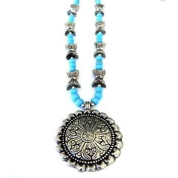 Flower Pendant necklace: Blue/013Blue