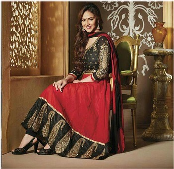 esha deol in  red and black long anarkali suit
