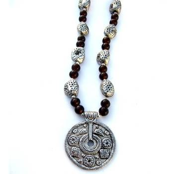 Round pendant Necklace:Brown/049