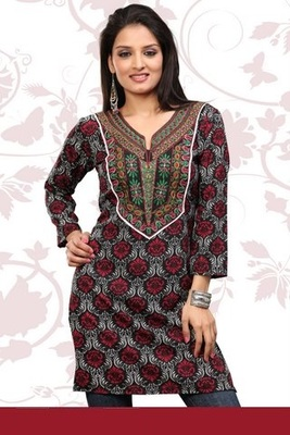 Multicolor printed stitched crepe short-kurtis