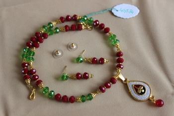 Red-Green Crystal Raani Haar