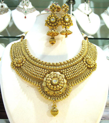 Royalty Designer Necklace Set