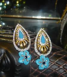 Buy Turq Beauty danglers-drop online