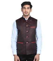 Maroon dot poly cotton round neck men jacket