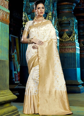 Buy Off White Woven Kanchipuram Silk Saree With Blouse Online