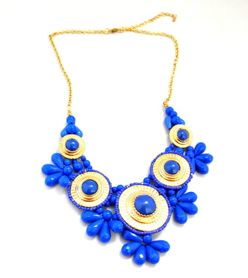 Acrylic Flower necklace -blue