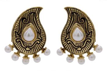 ANTIQUE GOLDEN TRADITIONAL STONE STUDDED KAIRI SHAPED EARRINGS/HANGINGS (PEARL)  - PCAE2209