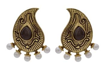 ANTIQUE GOLDEN TRADITIONAL STONE STUDDED KAIRI SHAPED EARRINGS/HANGINGS (BLACK)  - PCAE2212